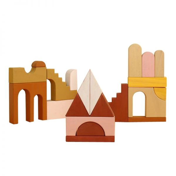 Geometric blockset in natural colors of brown, pink and white.