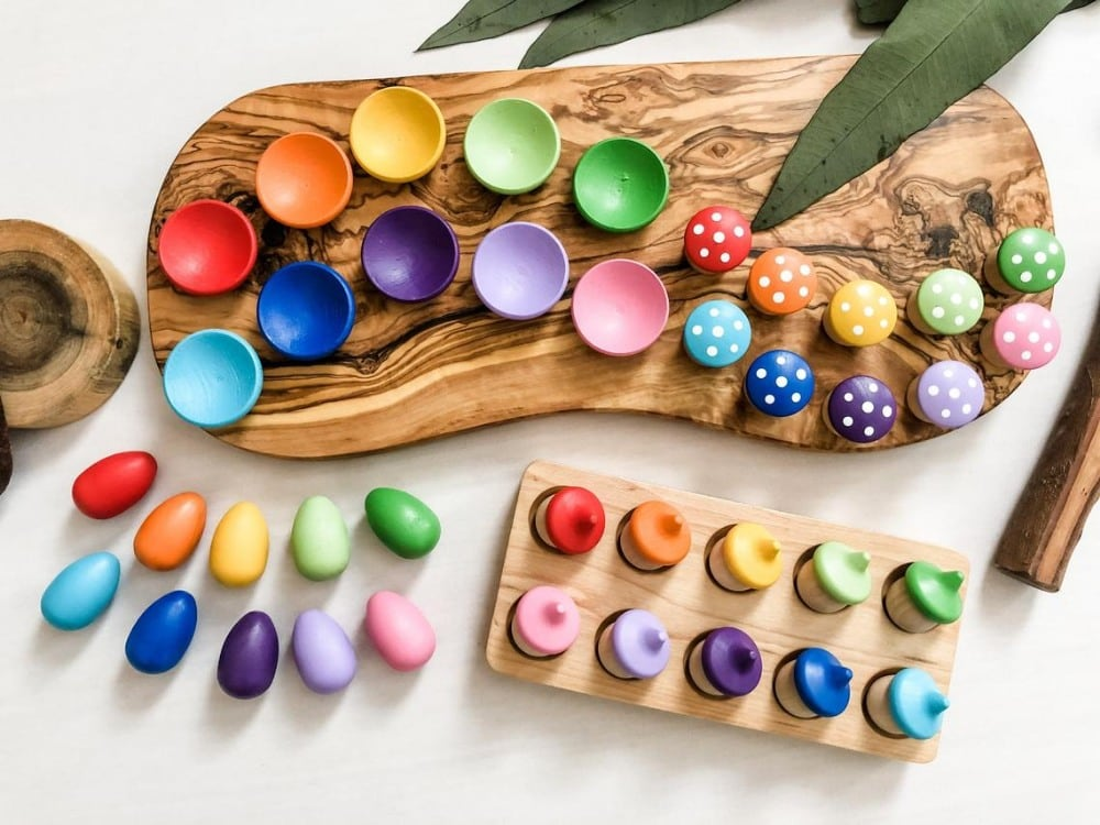 Chickadees Wooden Toys Color Sorting Wooden Loose Parts Set With Mushrooms Acorns Eggs Bowls