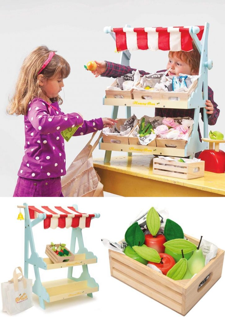 Le Toy Van Honeybee Wooden Market Play Shop Set With Wooden Apples And Shopping Bag