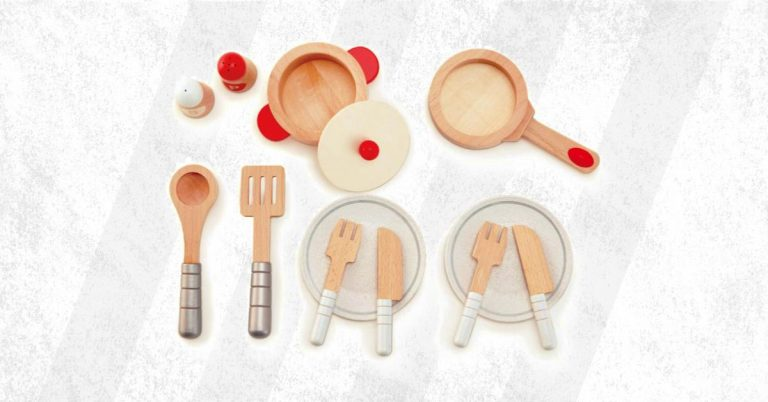 Best Wooden Kitchen Play Accessories Buyers Guide